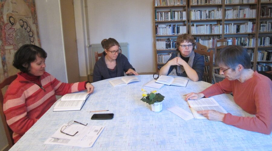 une réunion du noviciat